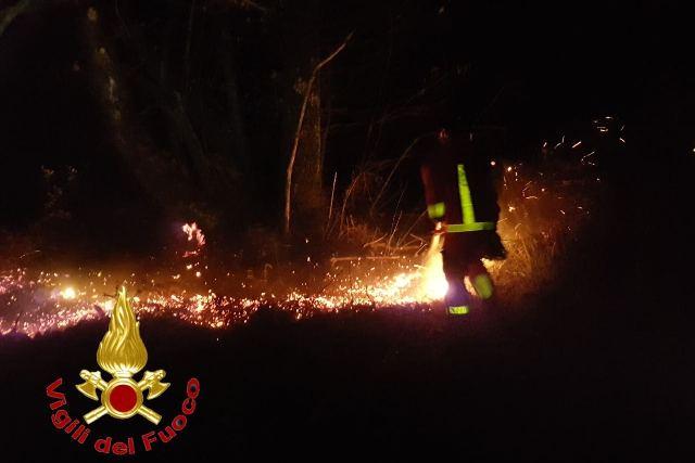 maccagno incendio boschivo