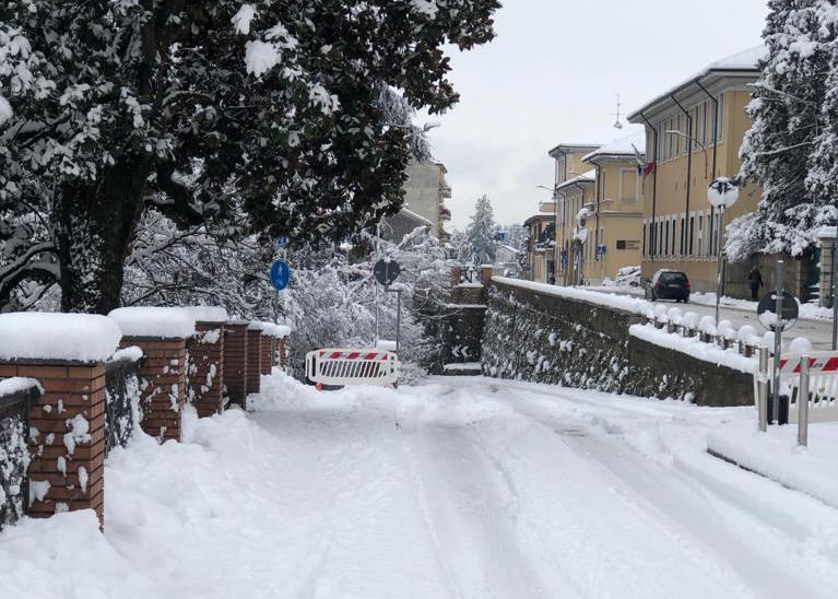 castellanza neve lega polemica