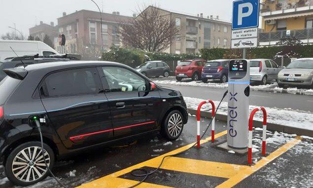 canegrate auto elettriche colonnine colletta