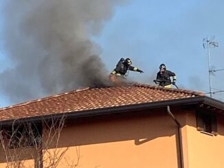olgiate olona incendio vigili fuoco