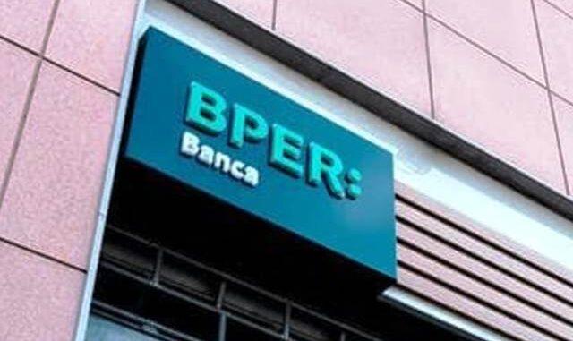 varese occupazione banca bper 01
