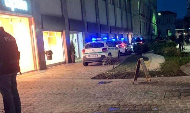 busto aggredisce polizia locale