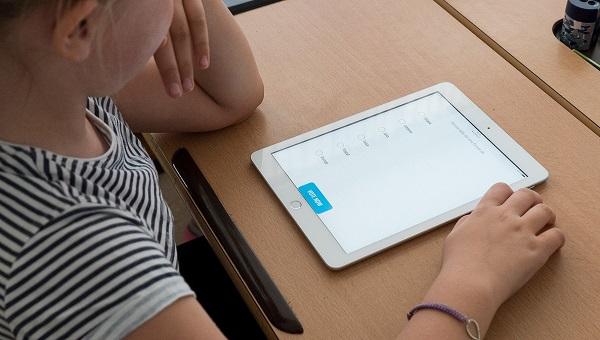 gorla maggiore scuole moro tablet