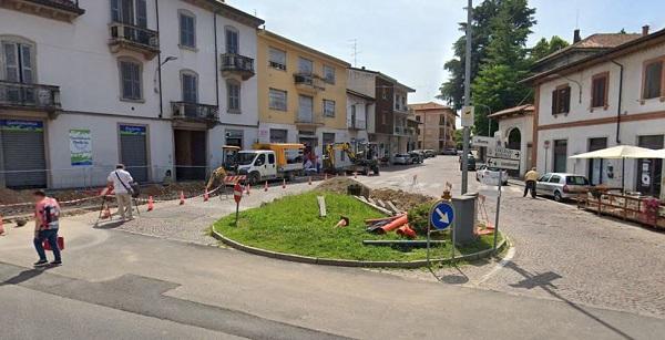 gorla minore piazza xxv aprile fermata autobus