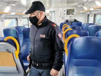 busto gallarate treno molestata