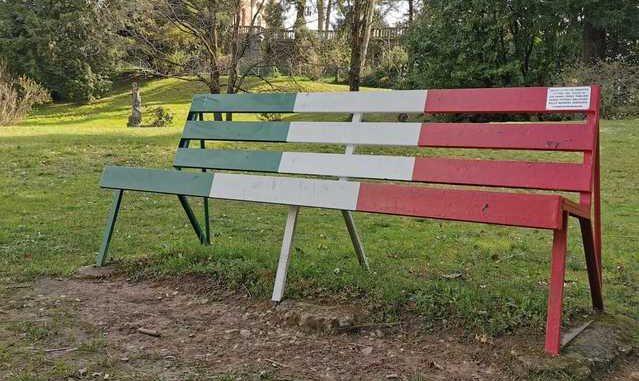 samarate panchina tricolore vittime covid