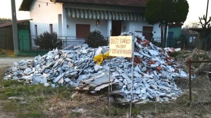 samarate rifiuti via puccini