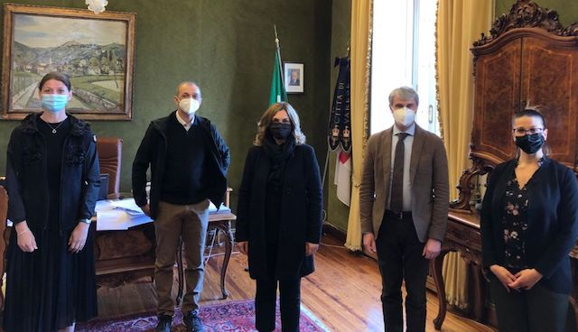 Varese confesercenti sindaco 1