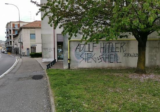 gallarate scritte neonaziste martignoni 02