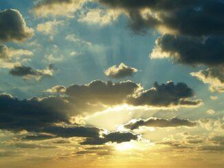 alpi maltempo sole nubi