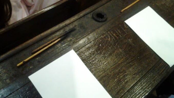 ferno banchi legno mostra