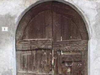 busto antichi portoni portali 06
