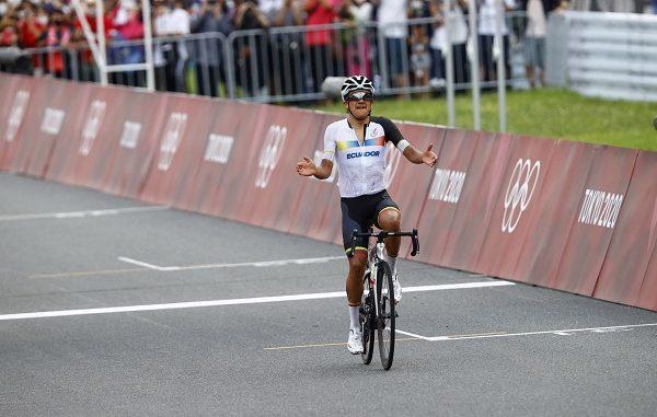ciclismo olimpiadi carapaz