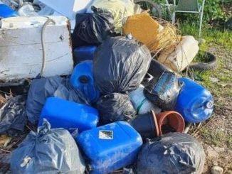 cassano rifiuti abbandonati incendiati police