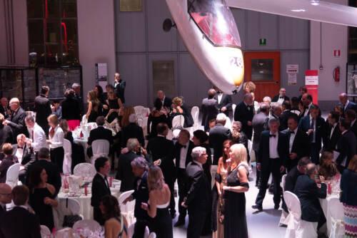 giogara365519-Volo in Rosa - cena di gala