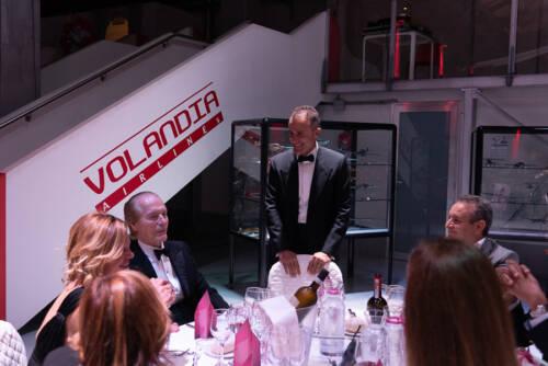 giogara365540-Volo in Rosa - cena di gala