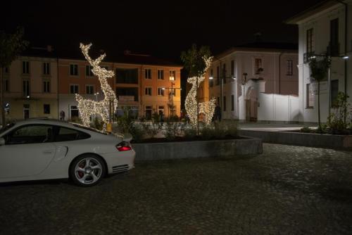 giogara379740-accensione Albero Natale